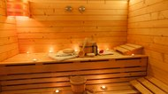 Benefits of a Steam Room vs. a Sauna