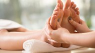 How to Cleanse the Liver Through Foot Reflexology