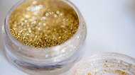 How to Get Glitter Eye Shadow to Stick