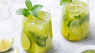 Matcha iced green tea with lime and fresh mint