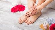 How to Lighten Skin on Hands & Feet