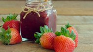 How to Make Strawberry Jam From Frozen Strawberries