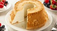 How to Cut Angel Food Cake