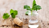 How to Drink Peppermint Oil