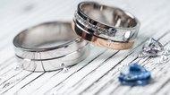 Wedding rings and gemstone