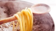 How to Keep Pasta Warm in a Slow Cooker