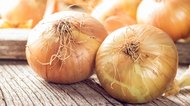 How to Get Rid of Stretch Marks with Onions