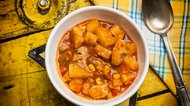 Stew with potatoes and chicken