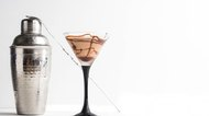 How to Make Chocolate Martinis With Godiva & Baileys Liqueur