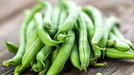 How to Dehydrate Green Beans for a Snack