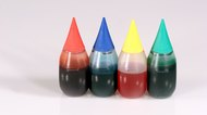How to Color Vegetable Oil With Food Coloring