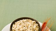 The Difference Between Oatmeal & Steel Cut Oats