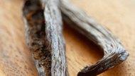 Vanilla Extract Alternatives