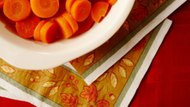 How to Boil Raw Carrots