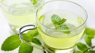 How to Brew Fresh Mint Tea