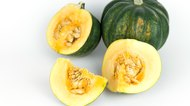 How to Cook an Acorn Squash in The Microwave