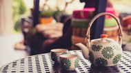 How to Use a Ceramic Teapot