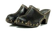 How Do I Break in Dansko Shoes?
