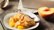 How to Refrigerate Peach Cobbler