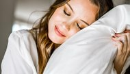 3 Reasons To Sleep On A Silk Pillowcase