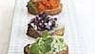How to Bake Toasted Bread Slices Also Known As Crostini