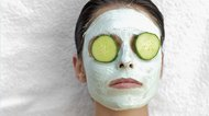How to Treat Dark Circles With Slices of Cucumbers