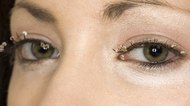 How to Make Fake Eyelashes in Five Minutes