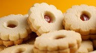 What Are Linzer Cookies?