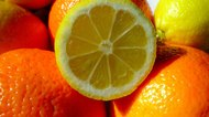 How to Remove Pith From Citrus Fruits