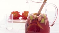 How to Make Sweet Sangria