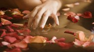 How to Make a Rose Petal Bath