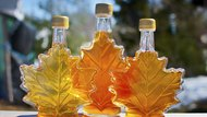 Difference Between Imitation Maple Flavor & Maple Extract