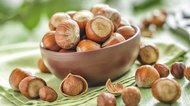 Is there a Difference Between Filberts & Hazelnuts?