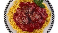 How to Reheat Spaghetti With Sauce