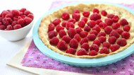 Cooking of tart with raspberry