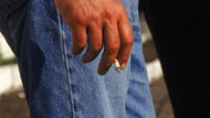 How to Get Rid of a Cigarette Smell on the Fingers