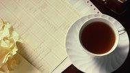 Acid Levels of Tea Vs. Decaffeinated Coffee