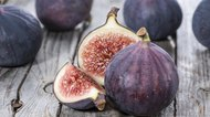 Differences Between Figs and Dates