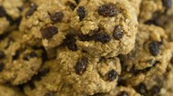 How to Make Oatmeal Cookies With Instant Oatmeal