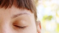 How Can I Naturally Thicken My Eyebrows?
