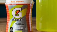 How to Mix Powdered Gatorade