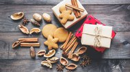 What To Bring As A Guest To Holiday Parties