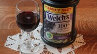 How to Make Homemade Wine Using Welch's Grape Juice