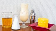 How to Make a Non-Alcoholic Piña Colada