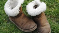 How to Dye Ugg Boots