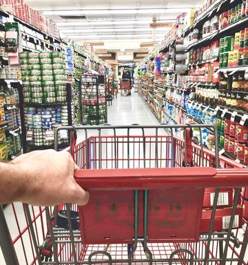 6 Tips For Healthy Grocery Shopping On A Budget