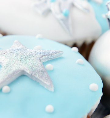 How to Make Silver Fondant