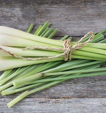 Uses of Lemongrass for the Face