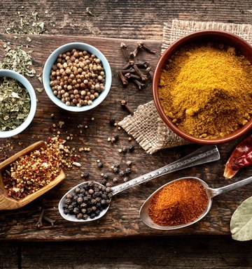 A List of Herbs & Spices & Their Uses