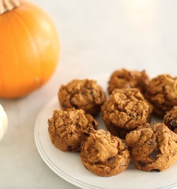Guilt-Free Pumpkin Chocolate Chip Muffins